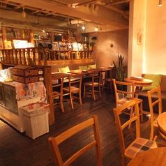 店内にはソファー席もございます!お子様連れやカップルにおすすめのゆったりと座れる席です。