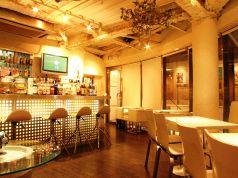 milk bar + cafe ミルクバー プラス カフェの写真