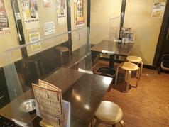 他のお席と離れている大きいテーブルですので、周りを気にせずお楽しみいただけます。