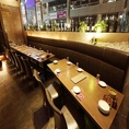人気のソファーテーブル席は座り心地抜群!広々としたテーブルとふかふかのソファーでお料理・お酒をお楽しみいただけます。ゆったりとした雰囲気の空間は女子会や合コンにもぴったり♪最大24名様までご案内可能です☆コースはお得な2時間飲み放題付き、全6品3500円~からご用意しております!