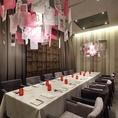 """【6~12名様個室】ご友人とのお食事や接待などに◎""""バロン=男爵""""の書斎をイメージしたデザイン性あるプライベートルーム。少人数のパーティーなどにオススメです。※要予約"""