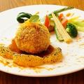 料理メニュー写真愛媛県産甘とろ豚ミンチのクレピネット包み 柑橘のガストリックソース