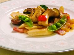 プティレストラン シェ・サカイのおすすめ料理1