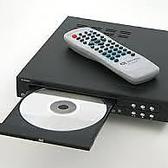 DVDプレーヤもご用意。お祝いなどでは、4台のTVでムービーを流せます。