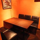 女子会や会社食事会向けのテーブル席☆