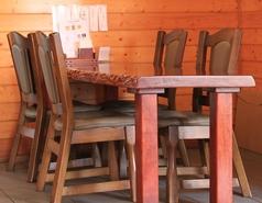 4名様用のテーブル席です。