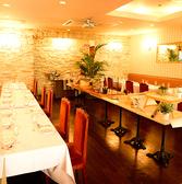 【2階】着席時は最大65名様/立食時は最大80名様まで貸切OK!ウェディングにも最適の空間♪