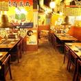奥のテーブル席は、大人数収容できる貸切宴会にオススメ!各テーブルに換気システムがあるため空気も綺麗♪