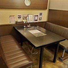 6名様テーブル席♪ゆったりおくつろぎ頂けます◎