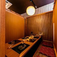 お肉で乾杯個室居酒屋 鶏まろ 佐賀駅前店の雰囲気2