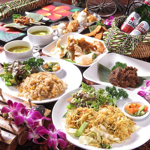 店内の雰囲気はまるでバリ!バリ島出身シェフが作るバリの家庭料理をお楽しみください