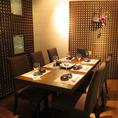 雰囲気◎なテーブル席。個室空間を堪能!