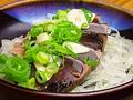 料理メニュー写真カツオのタタキ