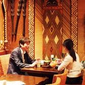 リゾート気分を味わえるハワイアンな店内!お客様の人数に合わせてお席をご用意させていただきます!お電話でご予約くださいませ。