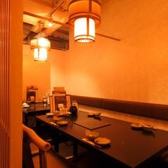 【テーブル席】2名様~ご利用いただけるテーブル席です。普段使いのお食事からご宴会まで幅ひろいシーンに対応可能です