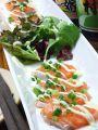 料理メニュー写真サーモンの和風カルパッチョ/海の幸の生春巻き