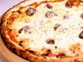 料理メニュー写真サルシッチャのピッツァ