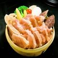 料理メニュー写真阿波尾鶏と旬野菜のセイロ