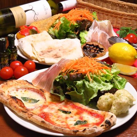 一つ一つ手作りでこだわりのピッツァ・イタリアンがリーズナブルに楽しめるお店です♪