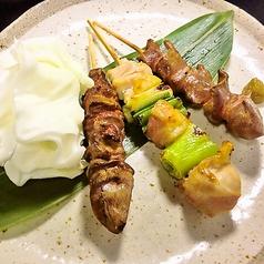 [本日の串焼き]阿波尾鶏三種盛り合わせ(たれ・塩)