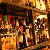 各国のワインはもちろん、ウィスキーやシェリー酒、カクテルも豊富に取り揃えております。