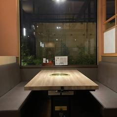 テーブル席【2~4名様】×4席