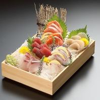 鮮度抜群!九州各地から仕入れる鮮魚の刺身盛り合わせ