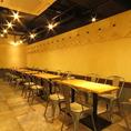 テーブル席は人数に応じて組み換え可能♪大型宴会も対応可能です!