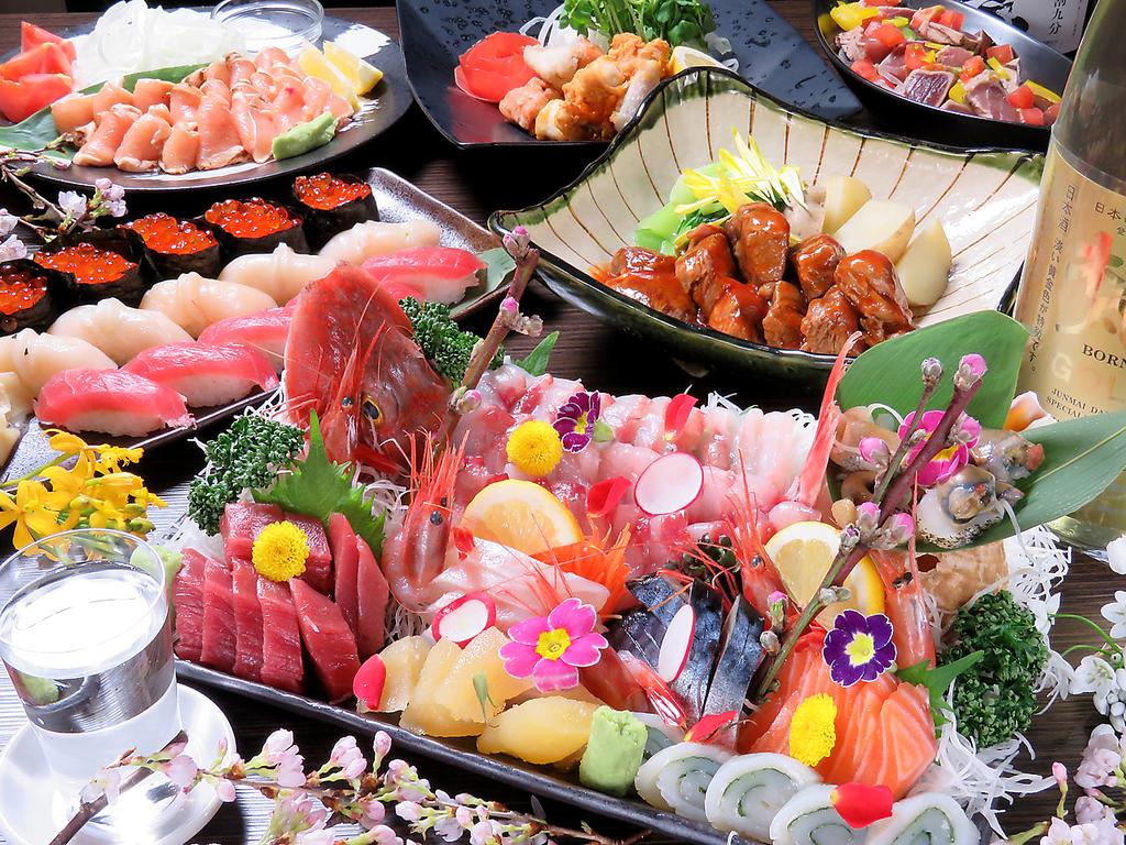 鮮度抜群の鮮魚を毎日仕入れしており、豪華刺身盛りなど舌をうならせる料理多数!!