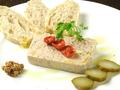 料理メニュー写真鶏と白レバーのパテ