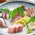料理メニュー写真旬の鮮魚お刺身盛り合せ 1人前