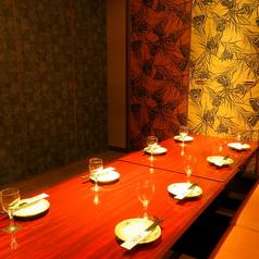 少人数からご利用可能な掘り炬燵個室を完備!!接待や食事会にも最適です!!