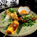 料理メニュー写真【4種のブレンドつくね串】おろしポン酢つくね・チェダーチーズつくね串・月見つくね串