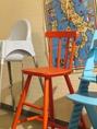 お子様専用の椅子もご用意しております♪