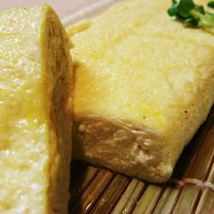 料理メニュー写真伊吹島産 いりこだしのだし巻き、讃岐米豚の豚平焼き
