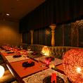 プライベート個室(テーブル)6名様から14名様までご利用可能です。個室居酒屋 ビアホール 宴会 飲み会 女子会 合コン 記念日 誕生日 デート 3時間 無制限 飲み放題 食べ放題ならデザイナーズ個室×食べ放題 桜ガーデン-sakura garden- 渋谷店