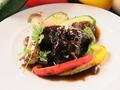 料理メニュー写真和牛ホホ肉の赤ワイン煮