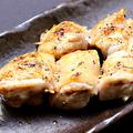 料理メニュー写真鶏串/手羽先/砂肝串/ひな皮/ポンポチ串/鶏レバー串/せせり串/鶏ネギ塩串/鶏やげん軟骨/激辛鶏青南蛮
