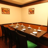 会社の同僚や仲間と。リーズナブルに本格的な料理を楽しめます。