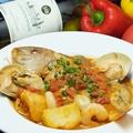 料理メニュー写真鮮魚と魚介のスープ ブイヤベース風