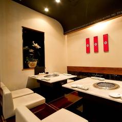 プライベート宴会・女子会・大切なお集まりに最適のVIP個室。接待にもお勧めです。8~10名様ご対応。