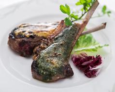 料理メニュー写真ラムチョップのグリル マスタード/ソルト&ペッパー