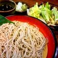 〆はやっぱりお蕎麦で。自慢の馬刺しや、信州の伝統野菜も一緒にご賞味ください♪