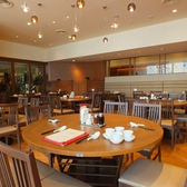 皆で楽しめる円卓もご用意♪我々、鼎泰豐は今後もお客様のご満足を第一に、今後もクオリティーとサービス向上、安心、安全にこころがけさらなる美味しさを目指します。世界10大レストランに選ばれたレストラン★ 日本最大級の鼎泰豊銀座店へ是非一度お越しください。