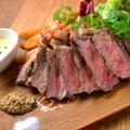 料理メニュー写真牛サーロインステーキ たっぷり200g