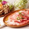 【豚肉コース】大人1980円(税抜) さっぱりとした豚ロース肉と豚バラ肉、国産鶏胸肉が90分食べ放題♪
