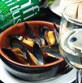 料理メニュー写真山盛り!!ムール貝の白ワイン蒸し