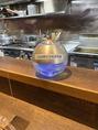 次亜塩素酸水を使用した空気清浄機で店内の換気にも気を配っております!