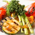料理メニュー写真グリル野菜のアンチョビとオリーブソース