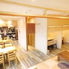 日本中華食堂の雰囲気1